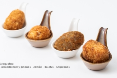 Croquetas Morcilla miel y piñones, jamon, boletus y chipirones